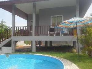640 Pool Villa