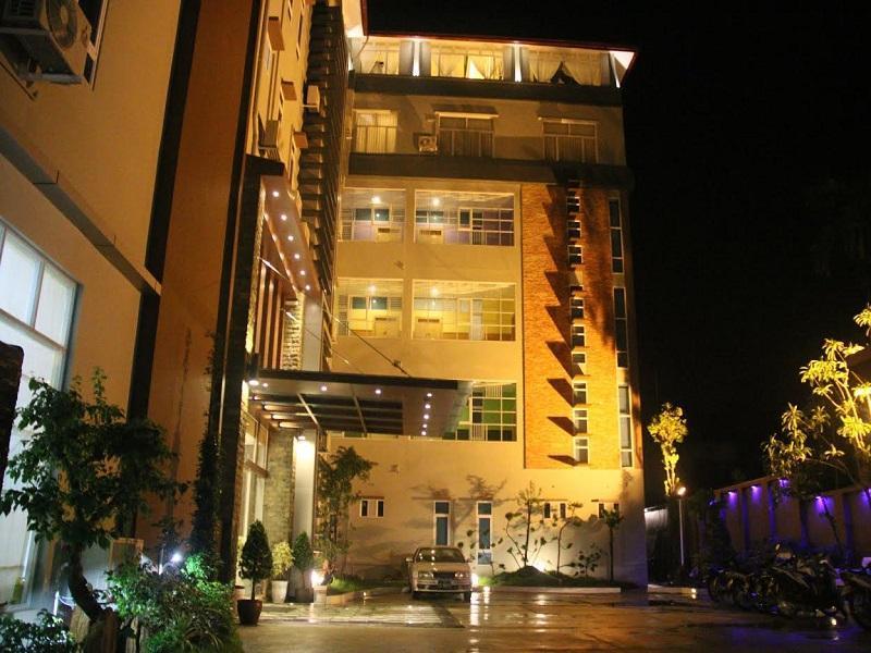 Golden Guest Hotel