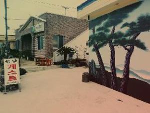 多尔大姆宋三旅馆 (Doldam Guesthouse Sungsan)