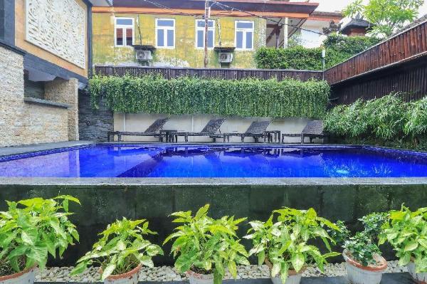 Dkubu Daje Legian Guest House Bali