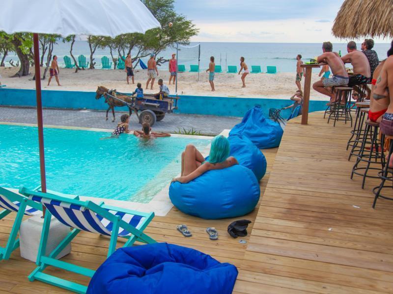 Le Pirate Beach Club Gili Trawangan