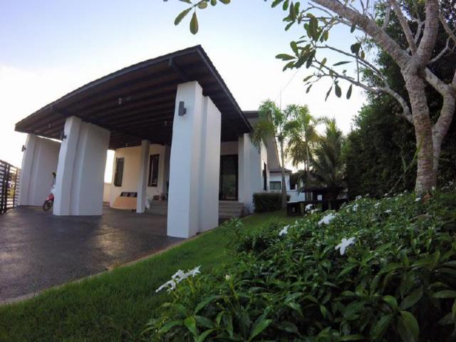 บัวบานวิลล่า – Buabaan Villa