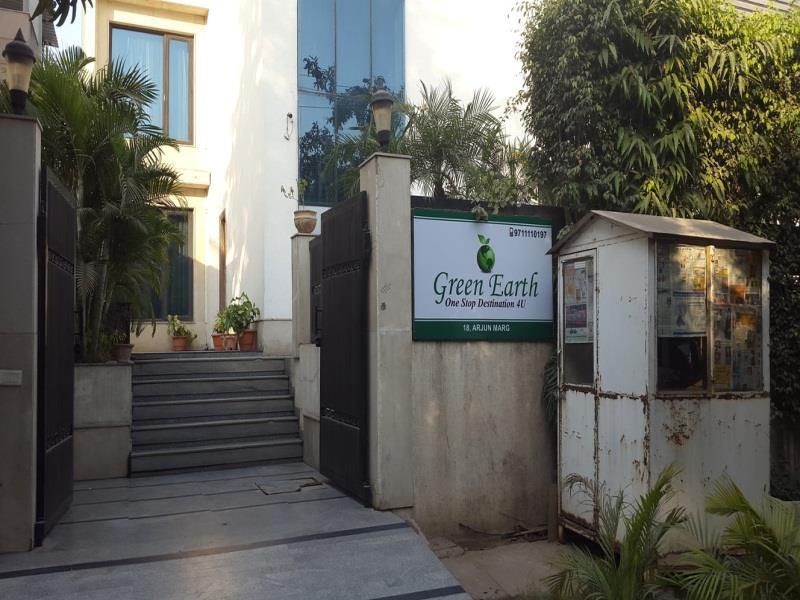 Green Earth Hotel