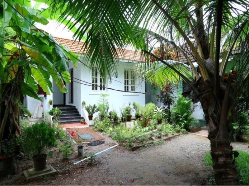 Coconut Grove Homestay