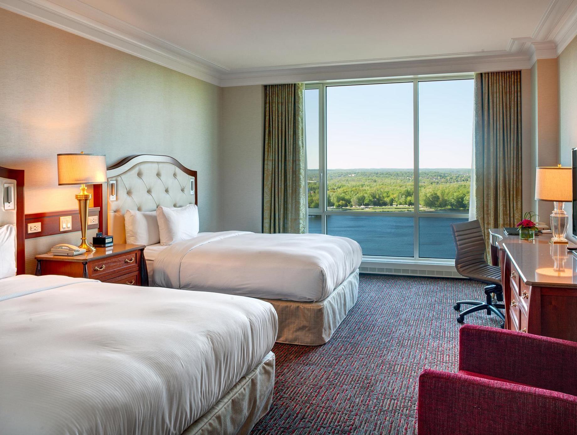 Hilton Lac Leamy Hotel