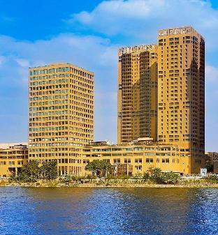 希爾頓開羅世界貿易中心公寓