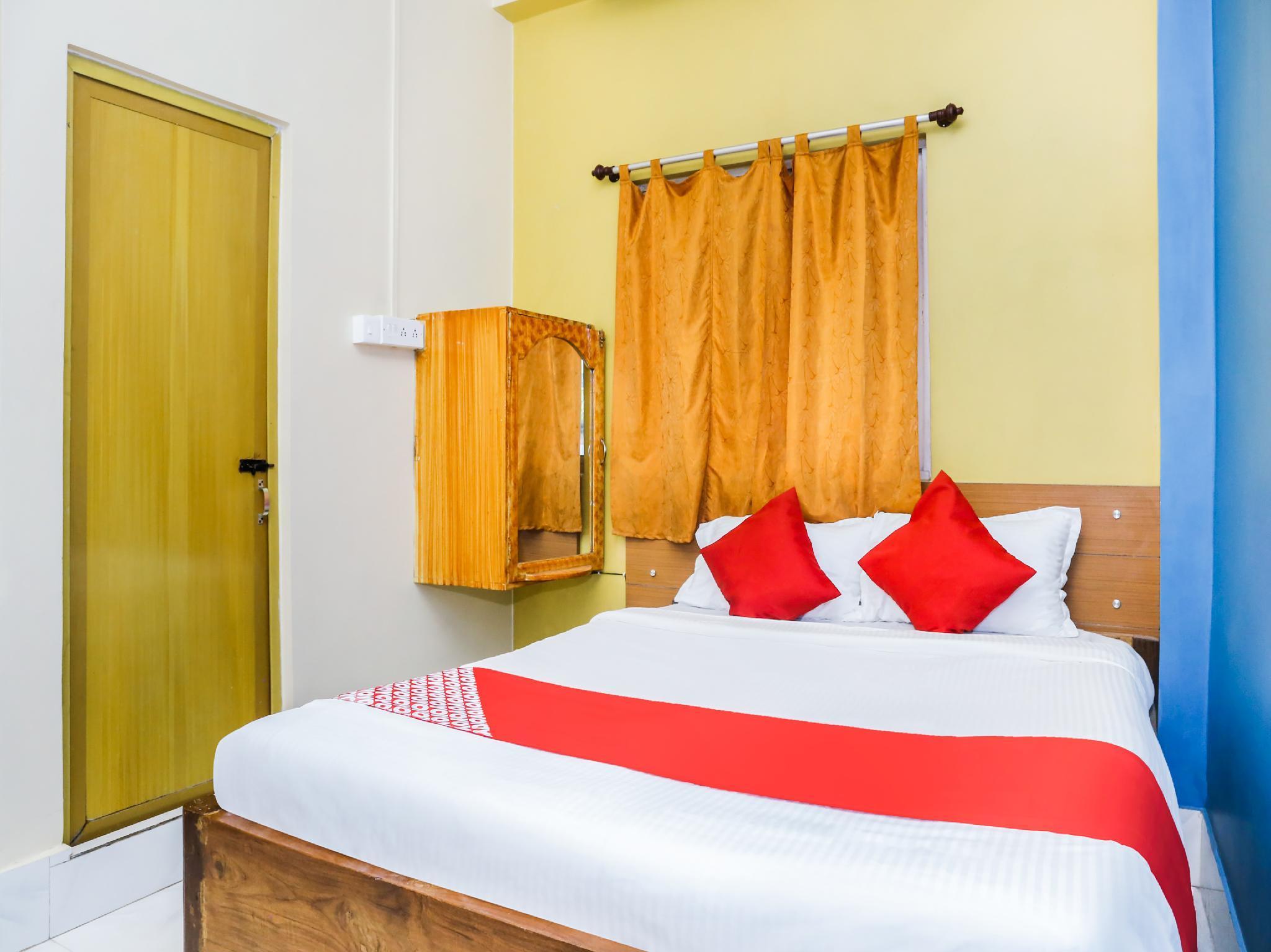 OYO 39921 Hotel Residency