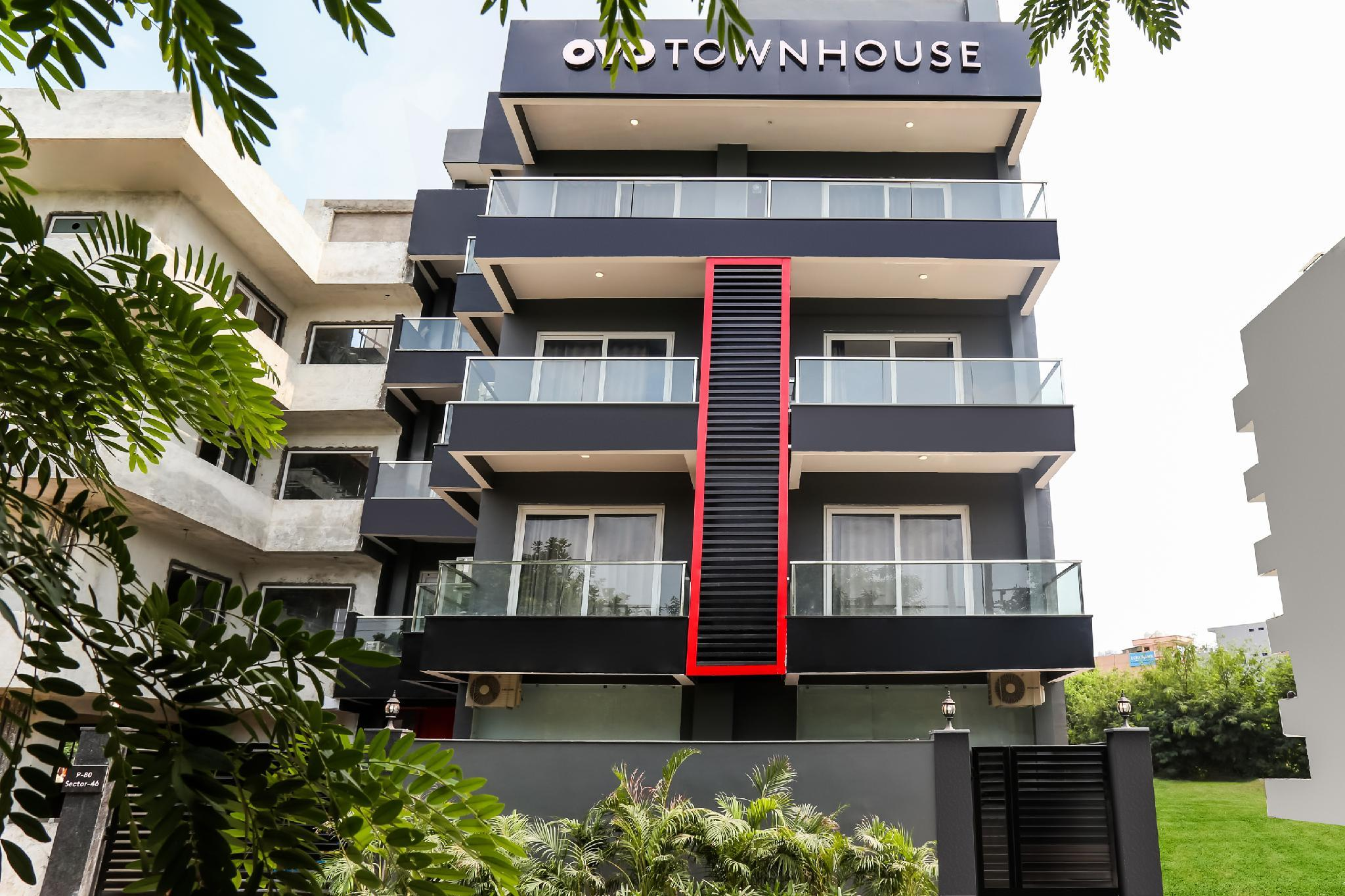OYO Townhouse 158 Near Netaji Subhash Marg