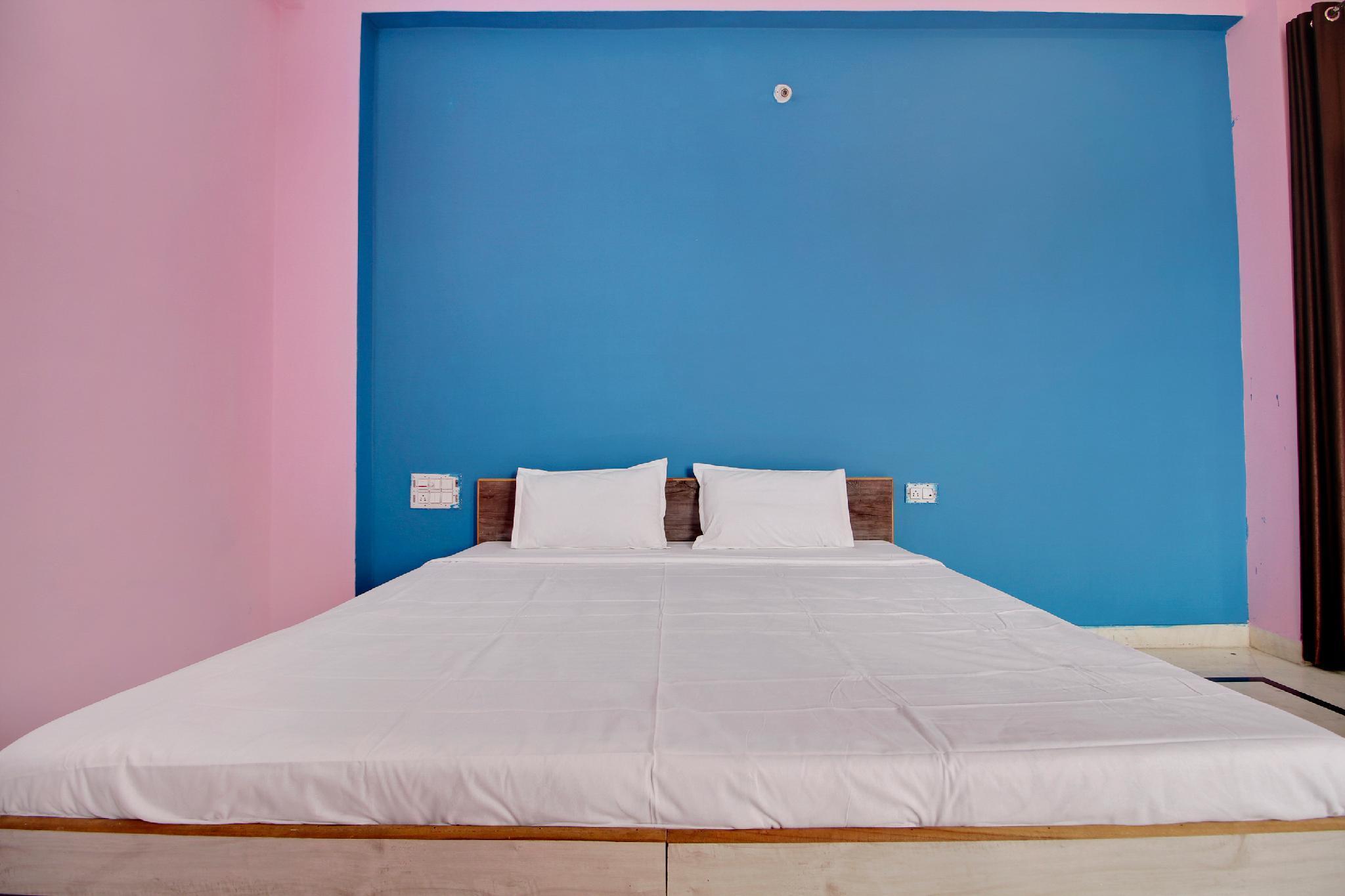 SPOT ON 41437 Hotel Dream House