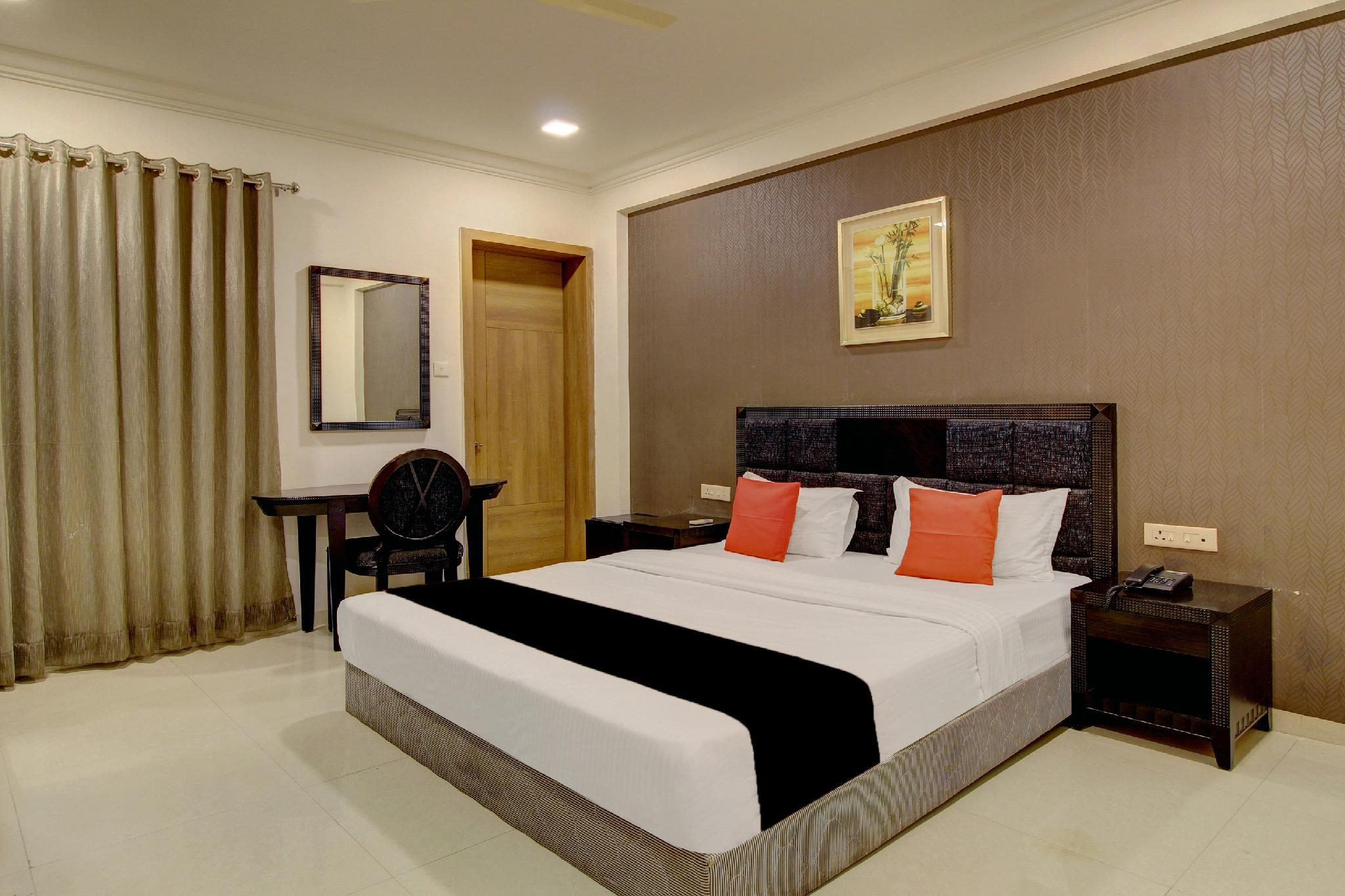 Capital O 40790 Hotel Triveni
