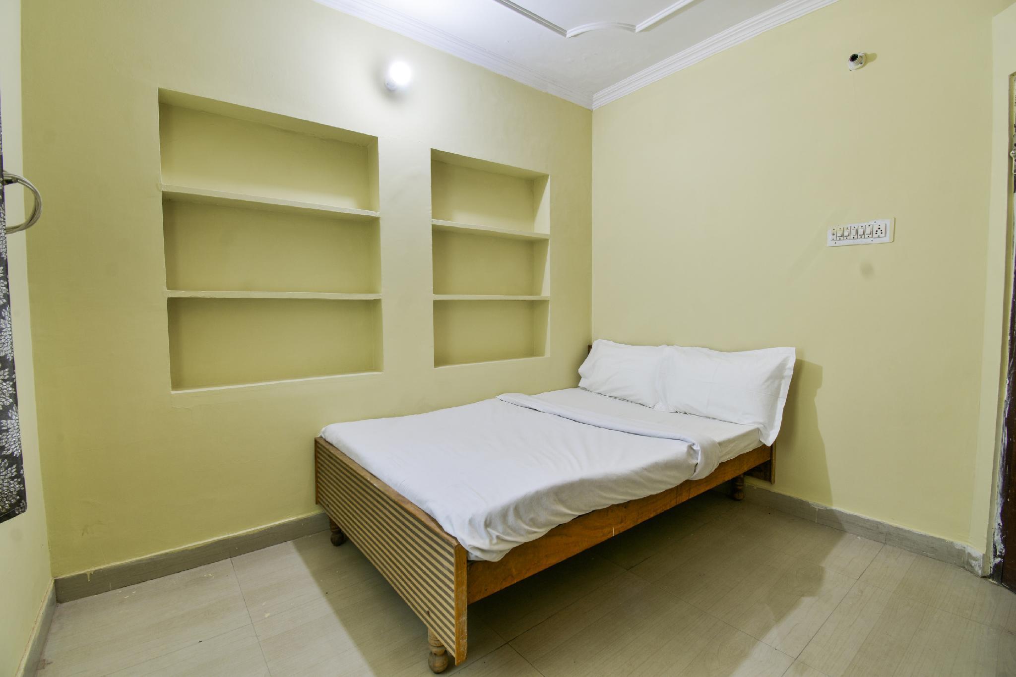 SPOT ON 39955 Annapurna Pinkcity Hotel