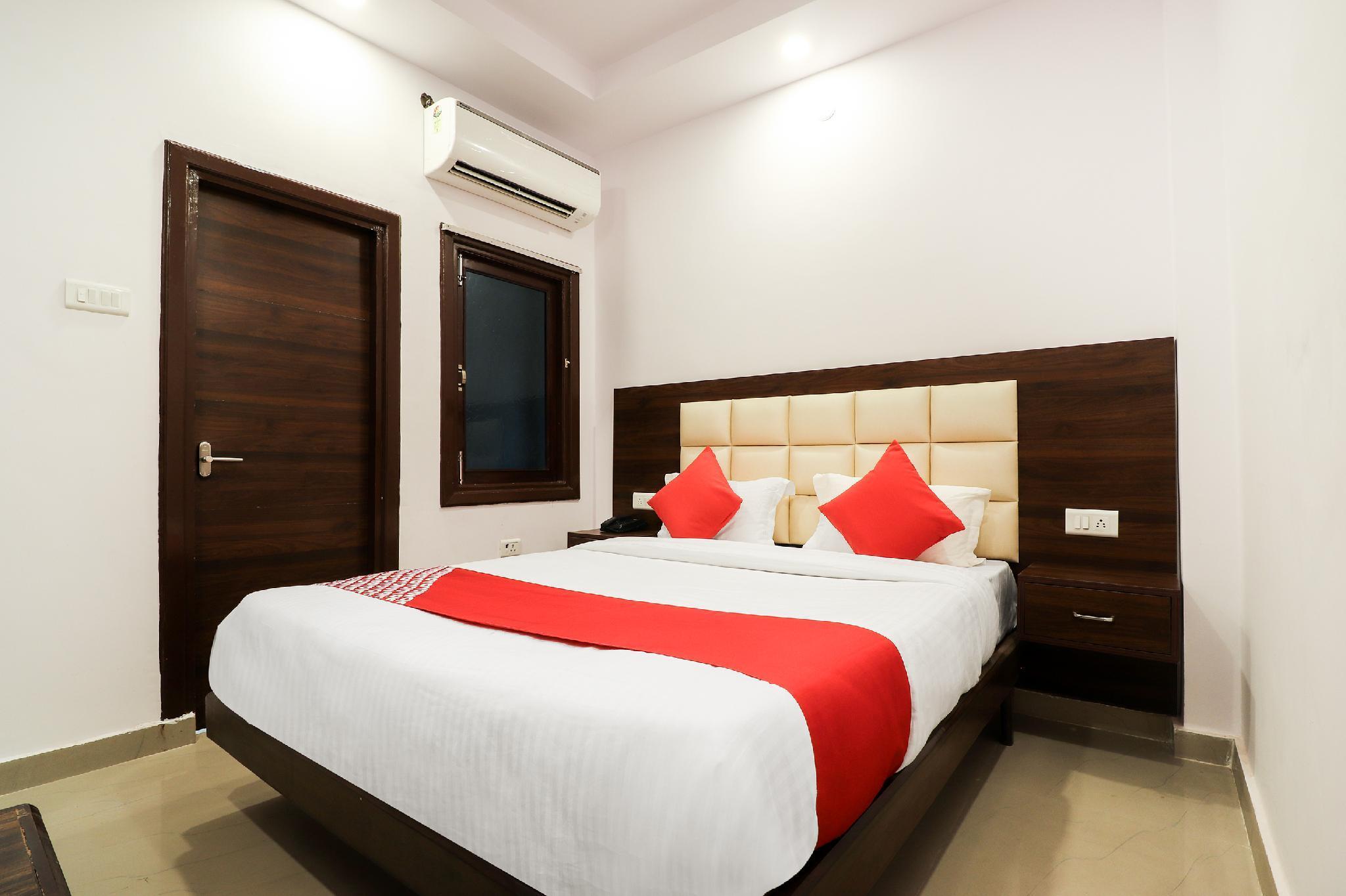 OYO 40538 Hotel Shiva