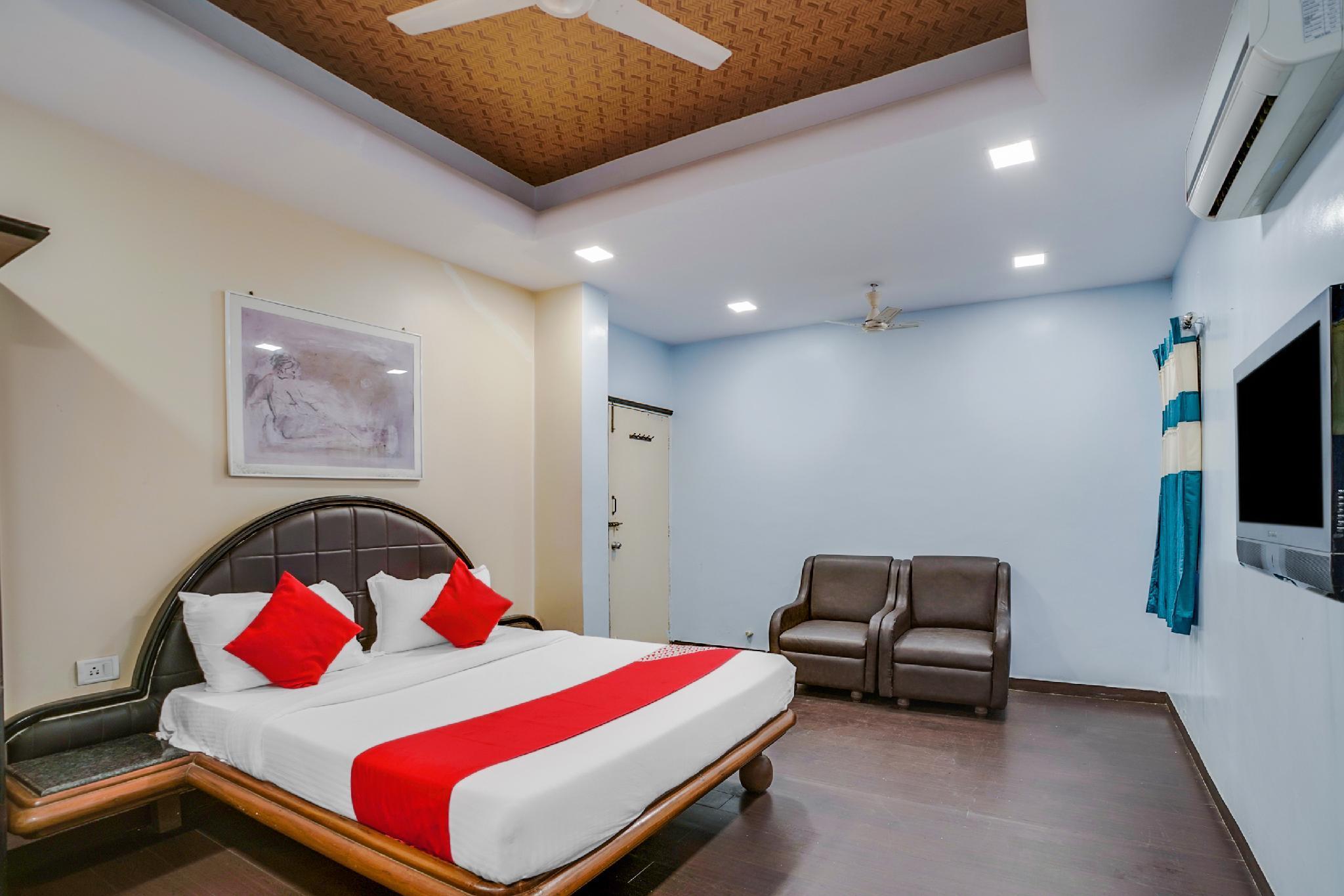 OYO Flagship 39710 Hotel Shree Maya