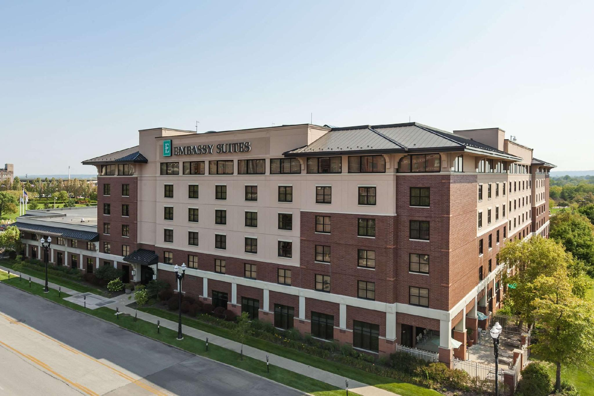 Embassy Suites Omaha Downtown Old Market Hotel