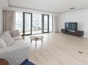 YL International Serviced Apartment- Shanghai Top City Garden