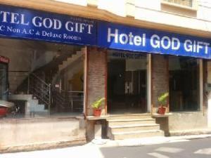 Hotel God Gift