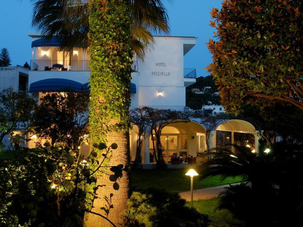 A Pazziella Hotel