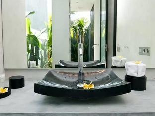 Nandi Villa
