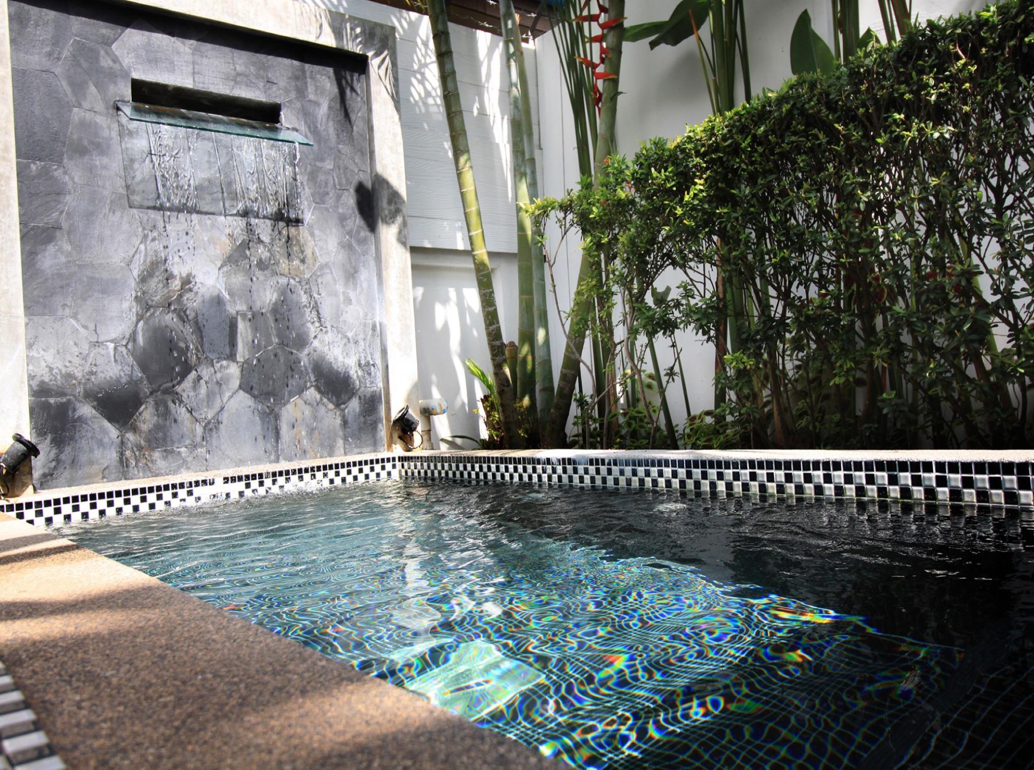 Coconut Grove Boutique Hotel โคโคนัท โกรฟ บูทิก โฮเต็ล
