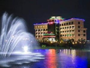 Hotel Golden Land