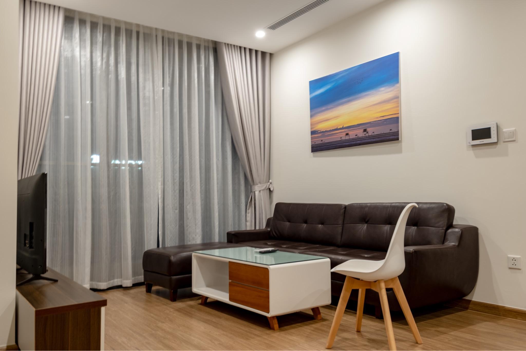 2 BR Apartment Vinhomes Skylake Next To Keangnam