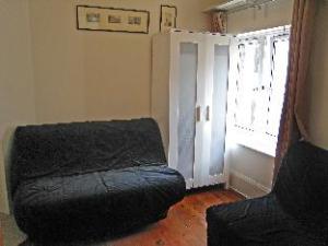 Carlton Mansions 1 Bedroom Apartment 4