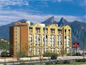 關於蒙特雷山谷嘉年華酒店 (Fiesta Inn Monterrey Valle)
