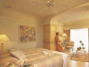 纳维达岛度假酒店 (Grand Isla Navidad Resort)