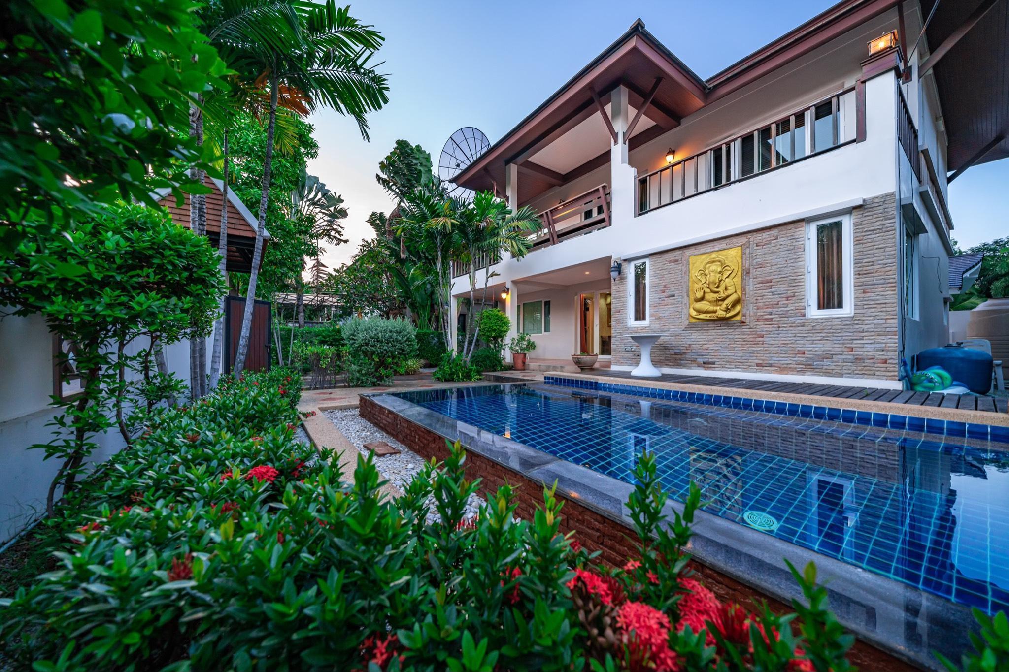 luxury pool villa by pattaya centre วิลลา 3 ห้องนอน 4 ห้องน้ำส่วนตัว ขนาด 180 ตร.ม. – พัทยาเหนือ
