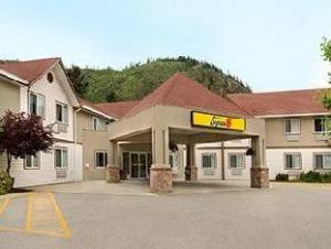 西基洛纳速8酒店 (Super 8 West Kelowna)