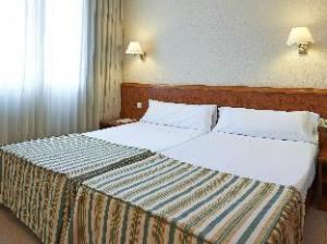 Hesperia Sant Joan Suites Hotel