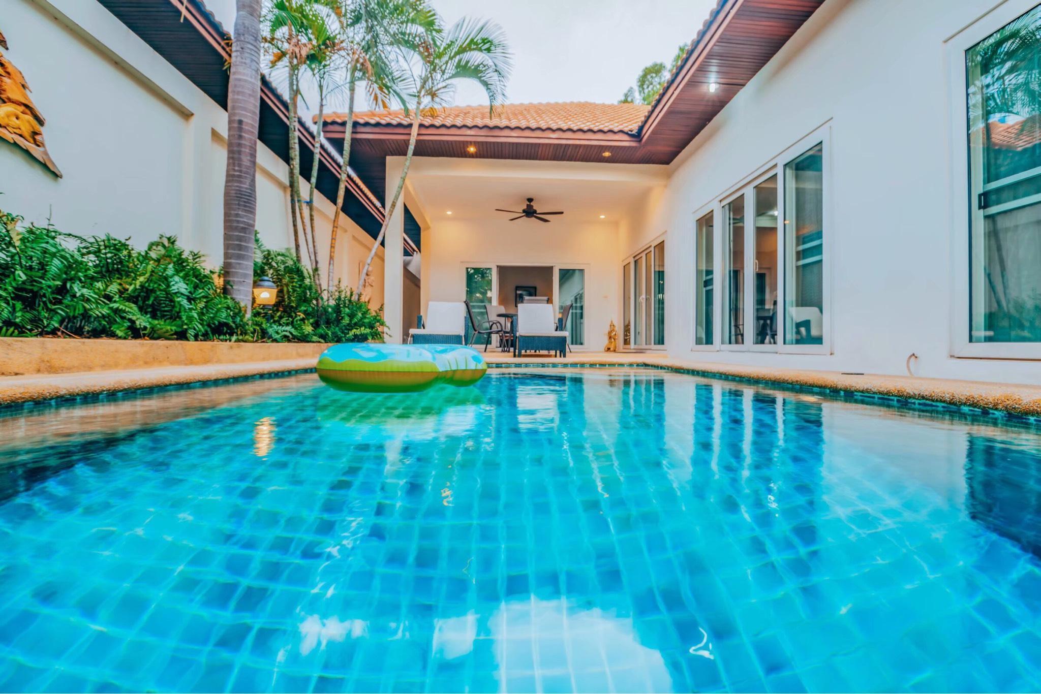 Pattaya 3 Bedroom Pool Villa  Walking street-52 วิลลา 3 ห้องนอน 2 ห้องน้ำส่วนตัว ขนาด 260 ตร.ม. – เขาพระตำหนัก