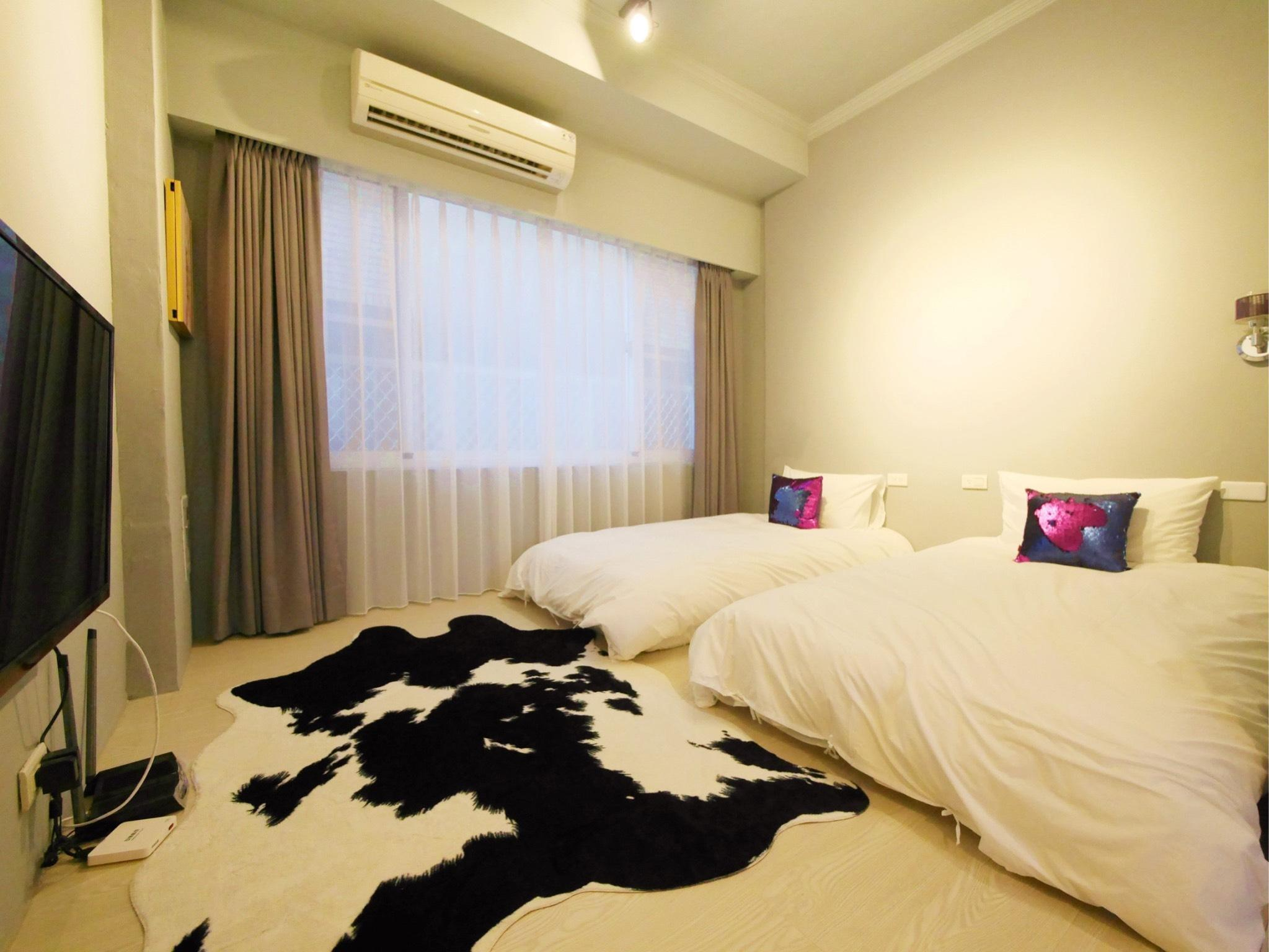 QingHaiHouse-Double room(Two single beds)
