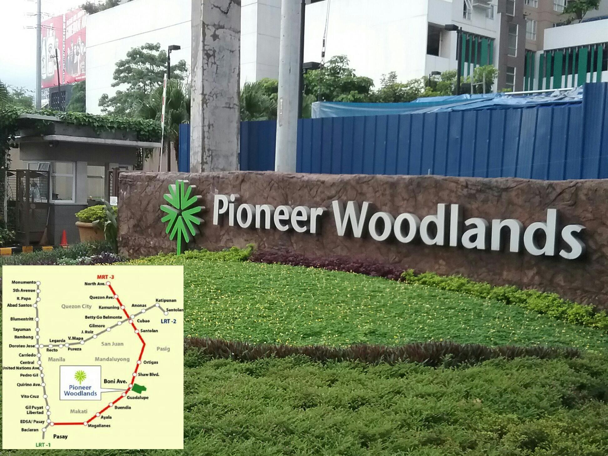 Condoluxe Pioneer Woodlands W Parking