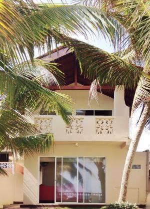 Cloud Nine Luxury Beach Villa Hikkaduwa