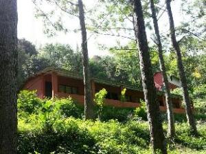 Kalhatty Mountain Resort