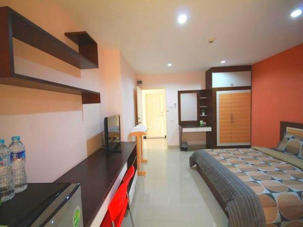 The Four Lights Apartment Chonburi