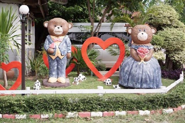 เฮือนเพชร รีสอร์ท – Huenpetch Resort