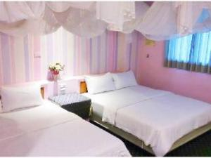 쿰 쿠앗 베드 앤 브랙퍼스트  (Kum Quat Hostel)