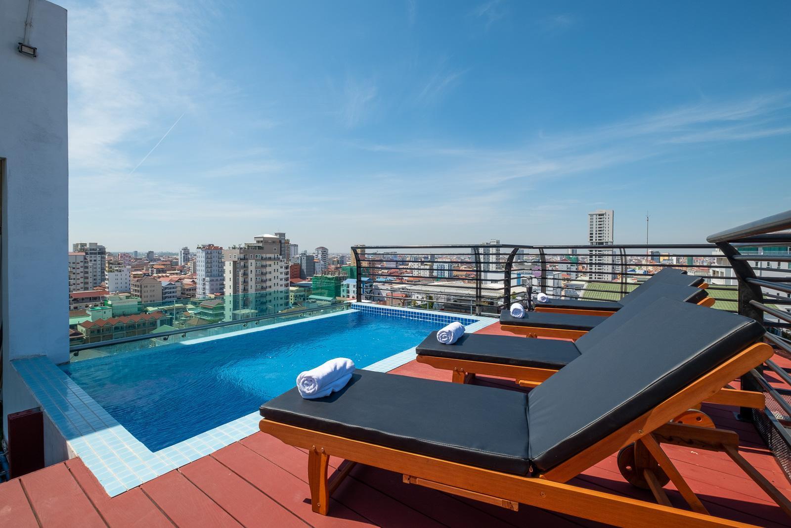 Colina Sky Hotel
