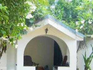 The Hotel Paradise Arugam Bay Pottuvil Sri Lanka