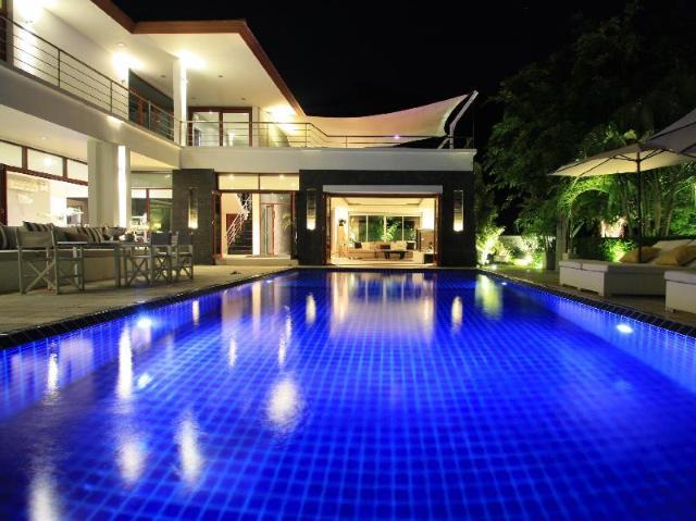 ภูมนตรา ลักซัวรี ซีวิว แมนชั่น – Phu Montra Luxury Sea View Mansion