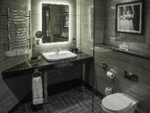 โฮเต็ล ก็อธแธม (Hotel Gotham)