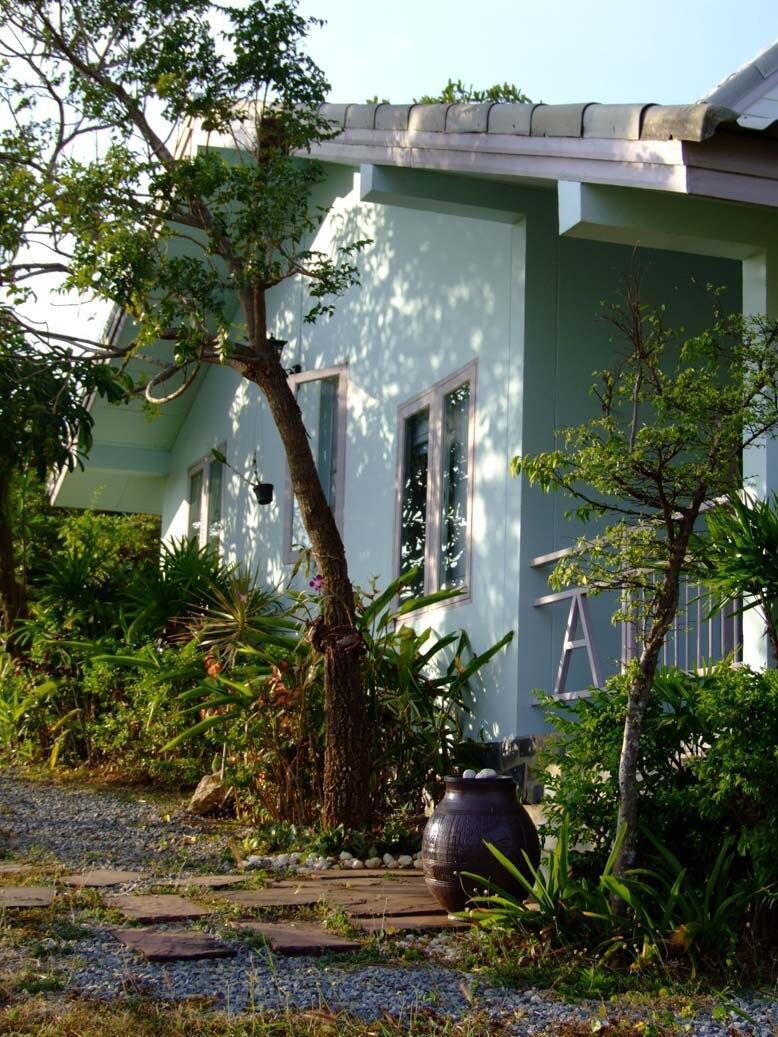 Blue Villa At Home172 Wangnamkhiao