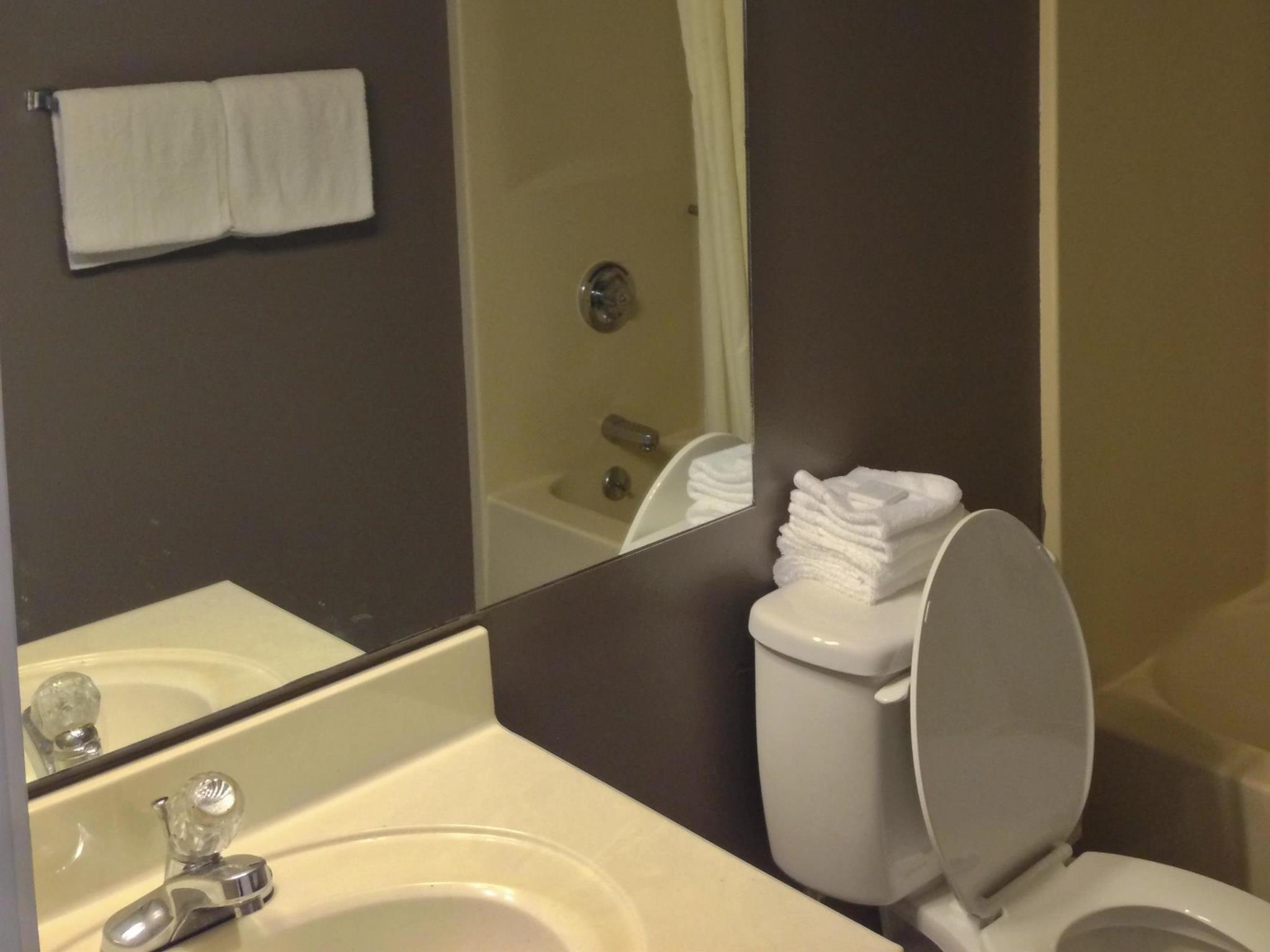 About Travelers Suites Paducah