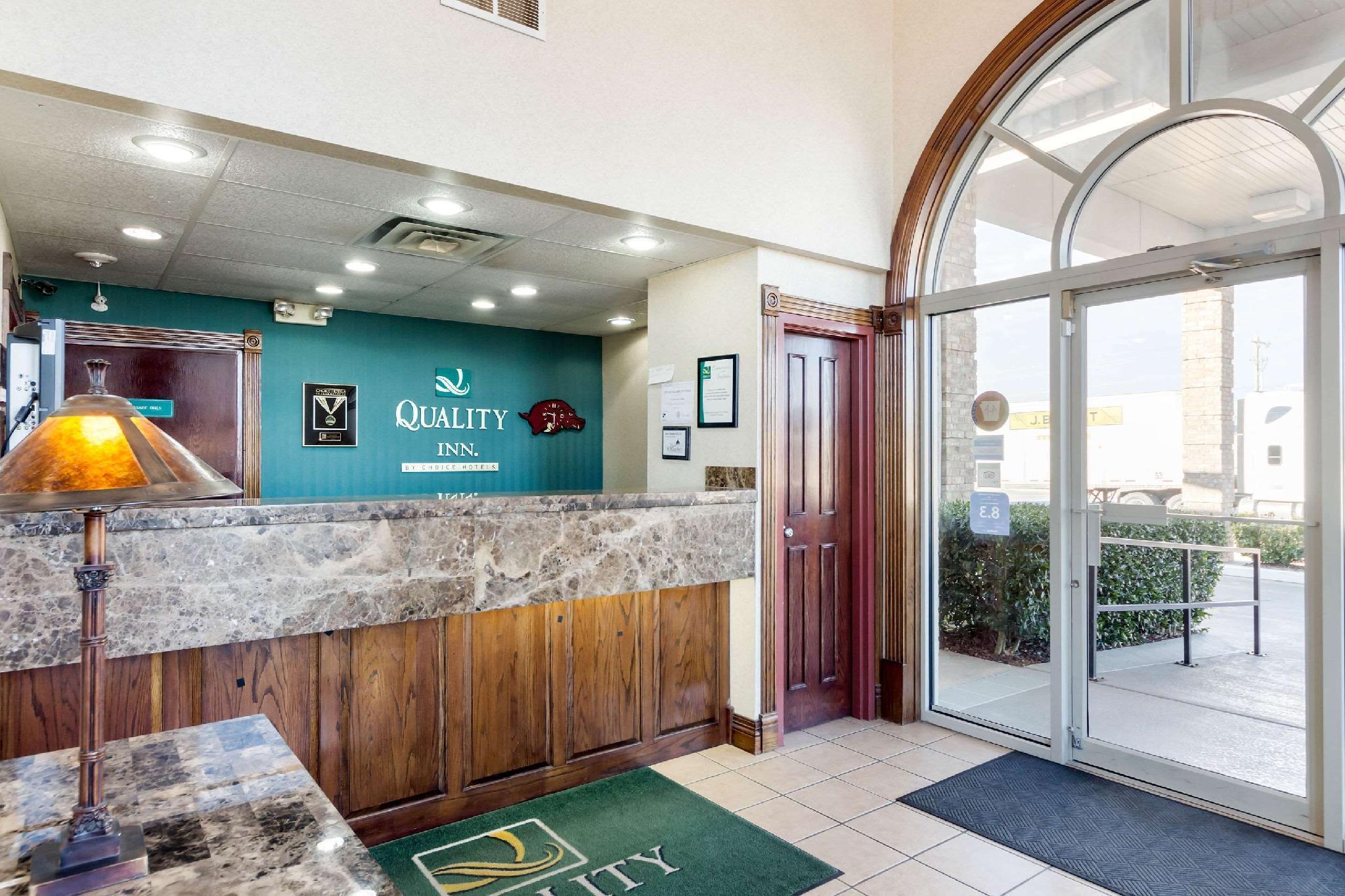 Price Quality Inn