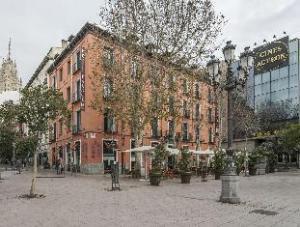 Petit Palace Plaza del Carmen Hotel