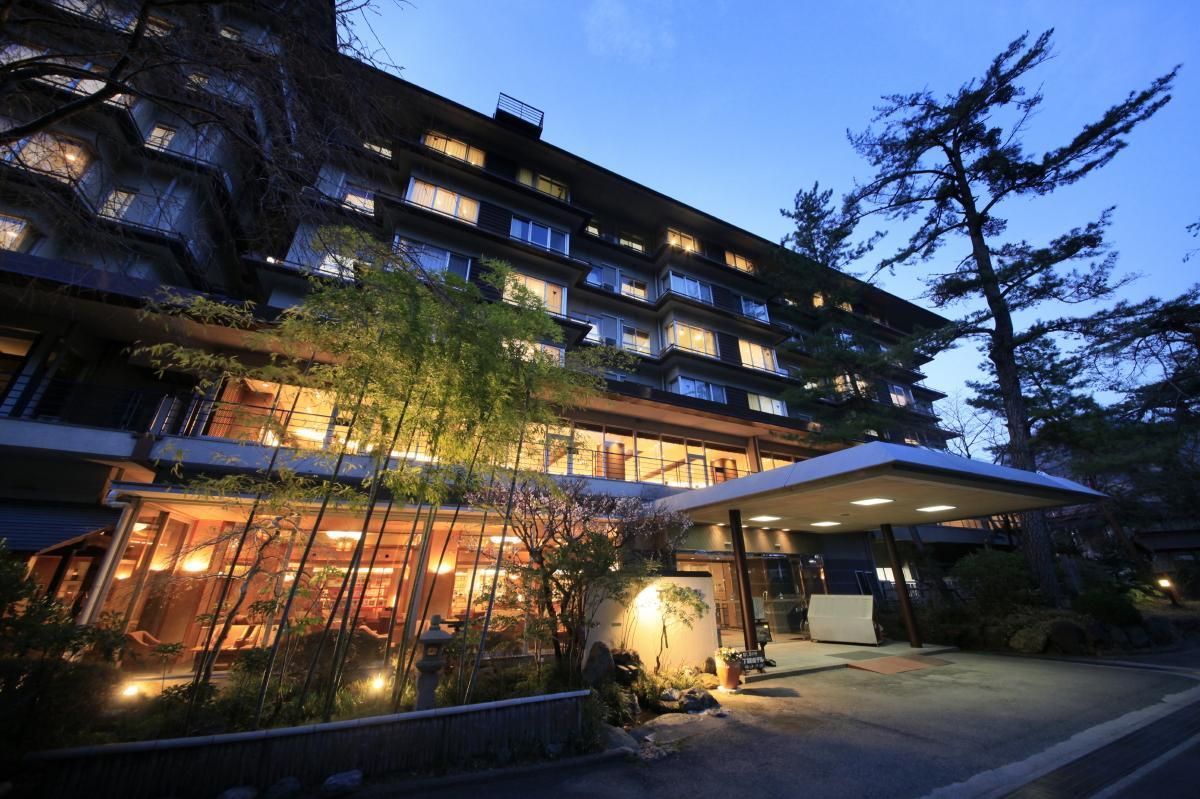 โรงแรมชิโมะบิ