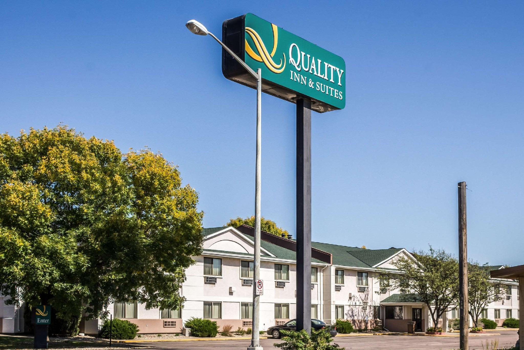 Hotels Reviews: Quality Inn & Suites South Sioux Falls – Picture, Rates and Deals
