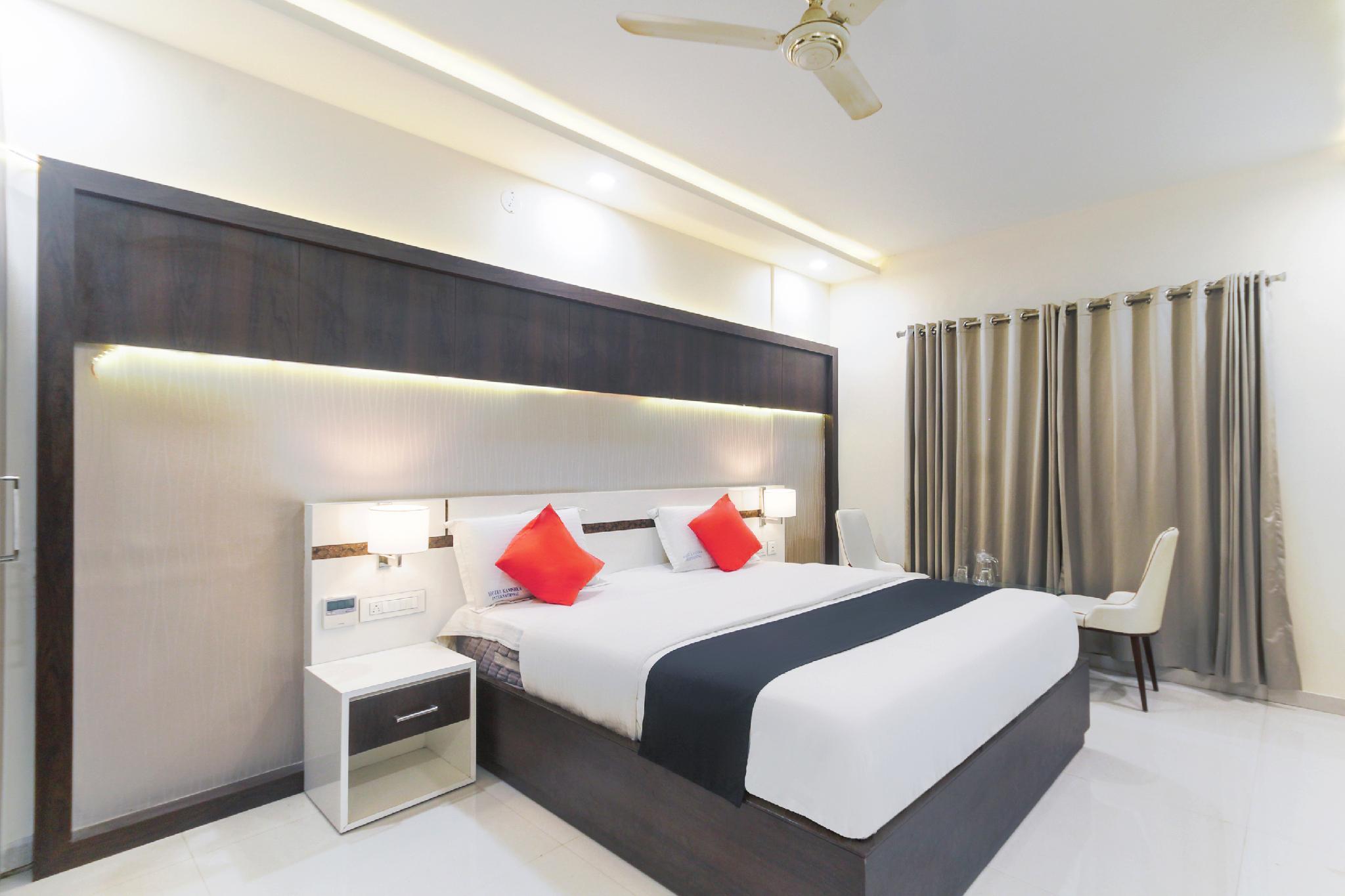 Capital O 44693 Hotel Kanishka International